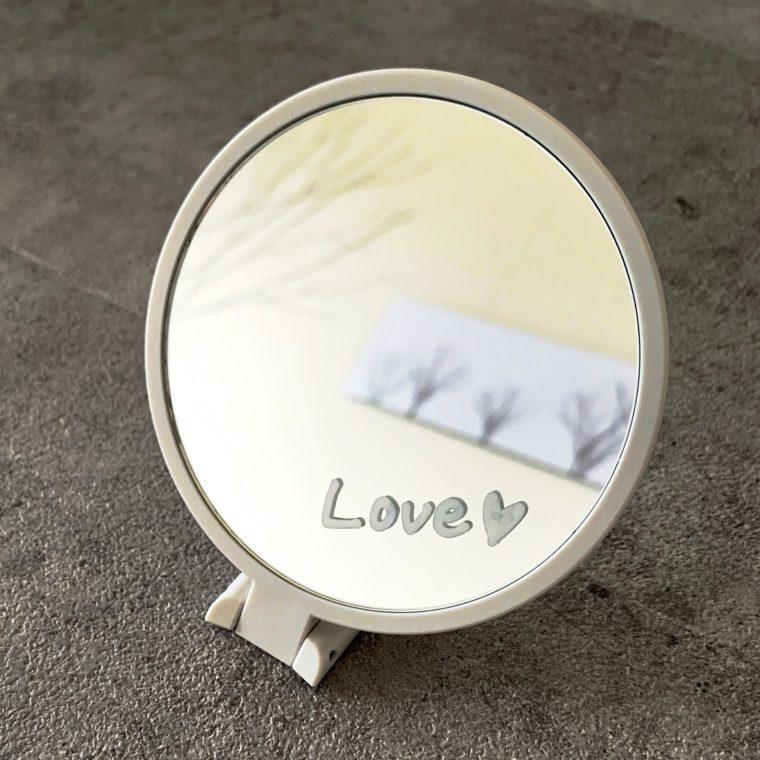 鏡に落書き