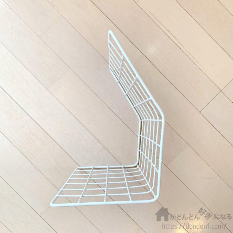 緩い角度で折り曲げたワイヤーネット